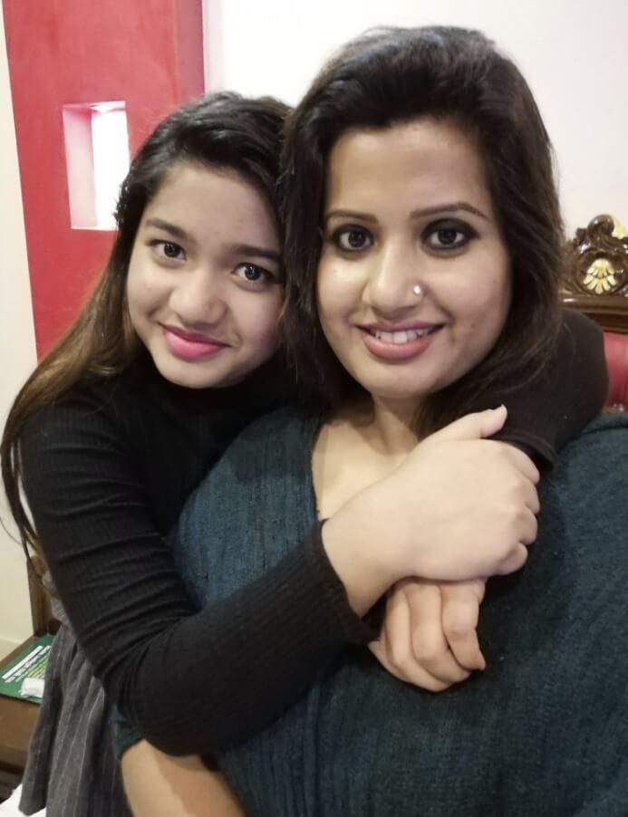 Nancy with her daughter Rodela
