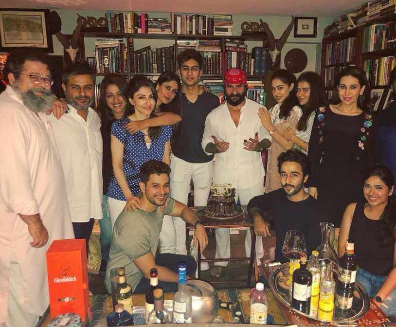 Kareena Kapoor with her family