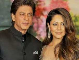 Shah Rukh Khan with his Wife