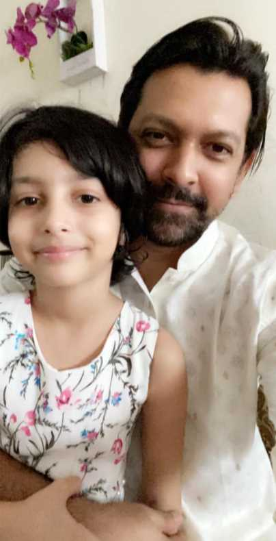 Tahsan with his Daughter