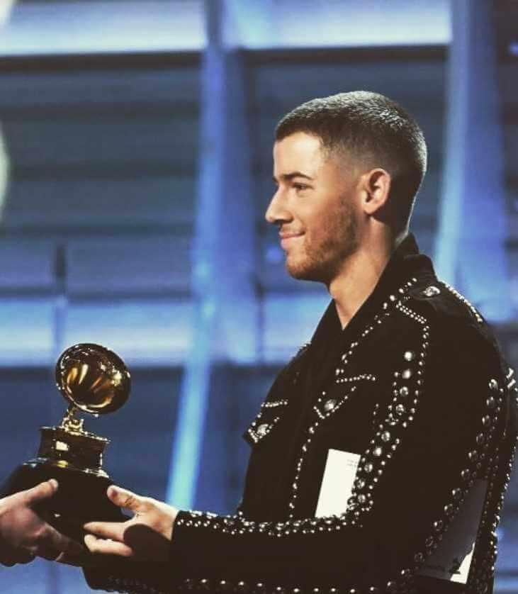 Nick Jonas Awards Picture