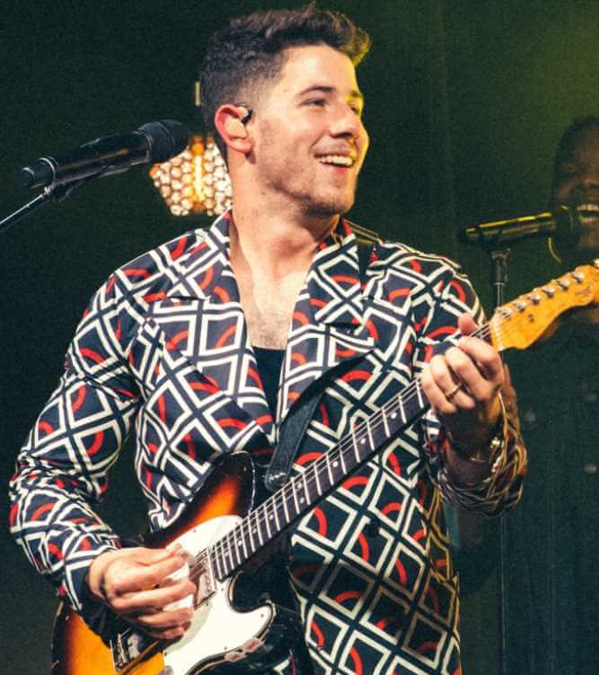 Nick Jonas at songs Photo