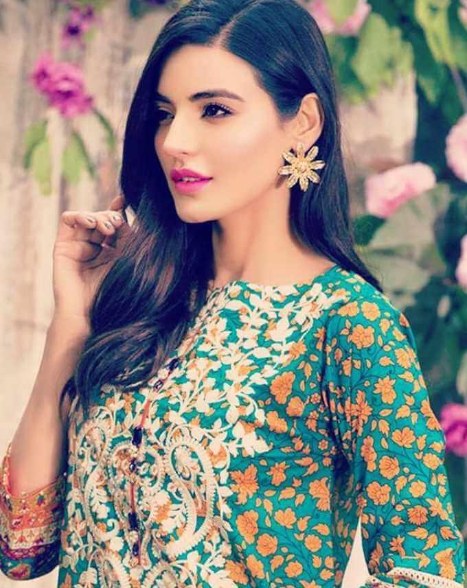 Sadia Khan Picture