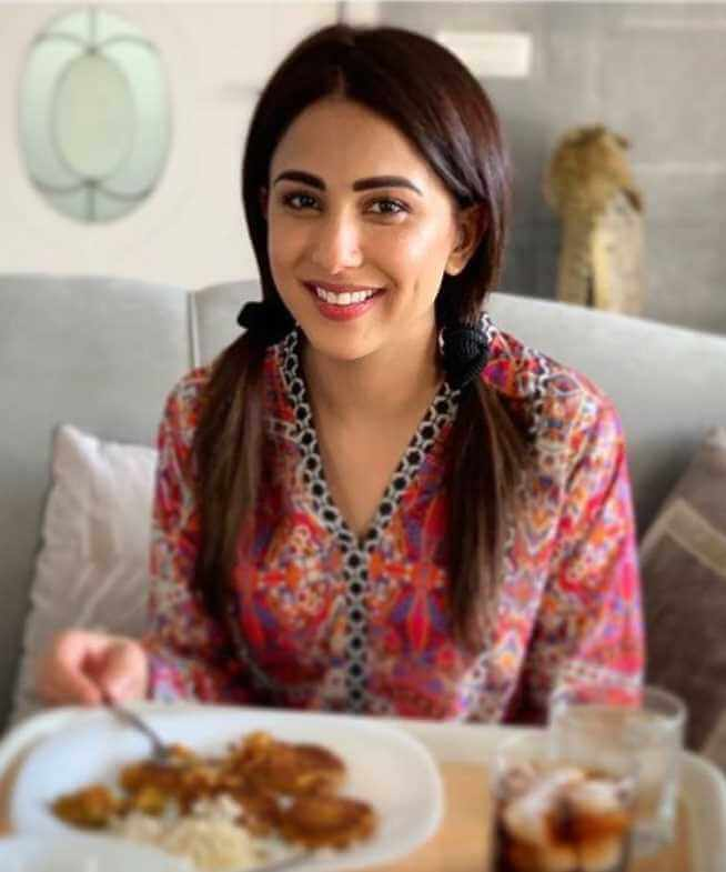 Ushna Shah with foods