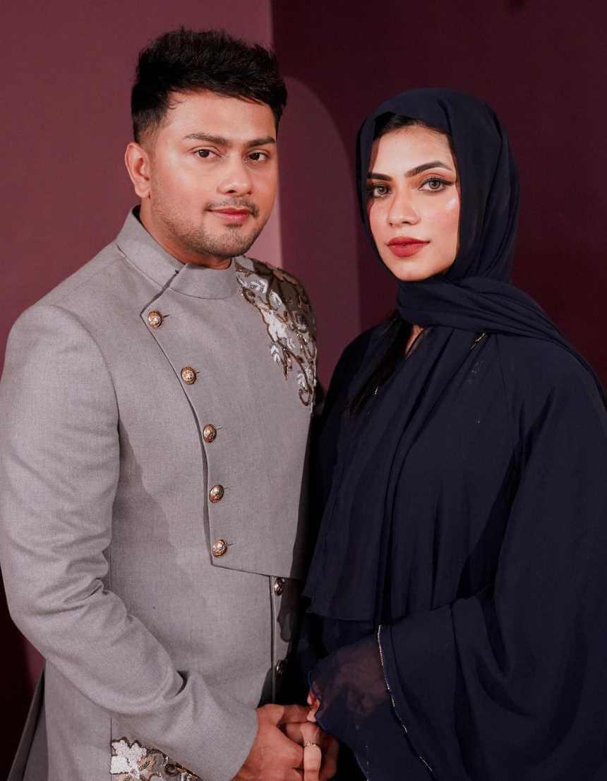Awez Darbar with Nagma Mirajkar Photo