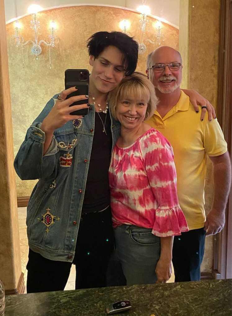 Lilhuddy  Parents Photo