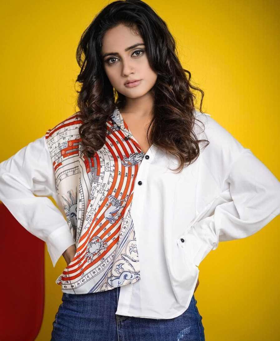 Nisha Guragain Photo new