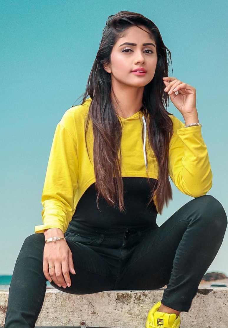 Nisha Guragain Styles Photo