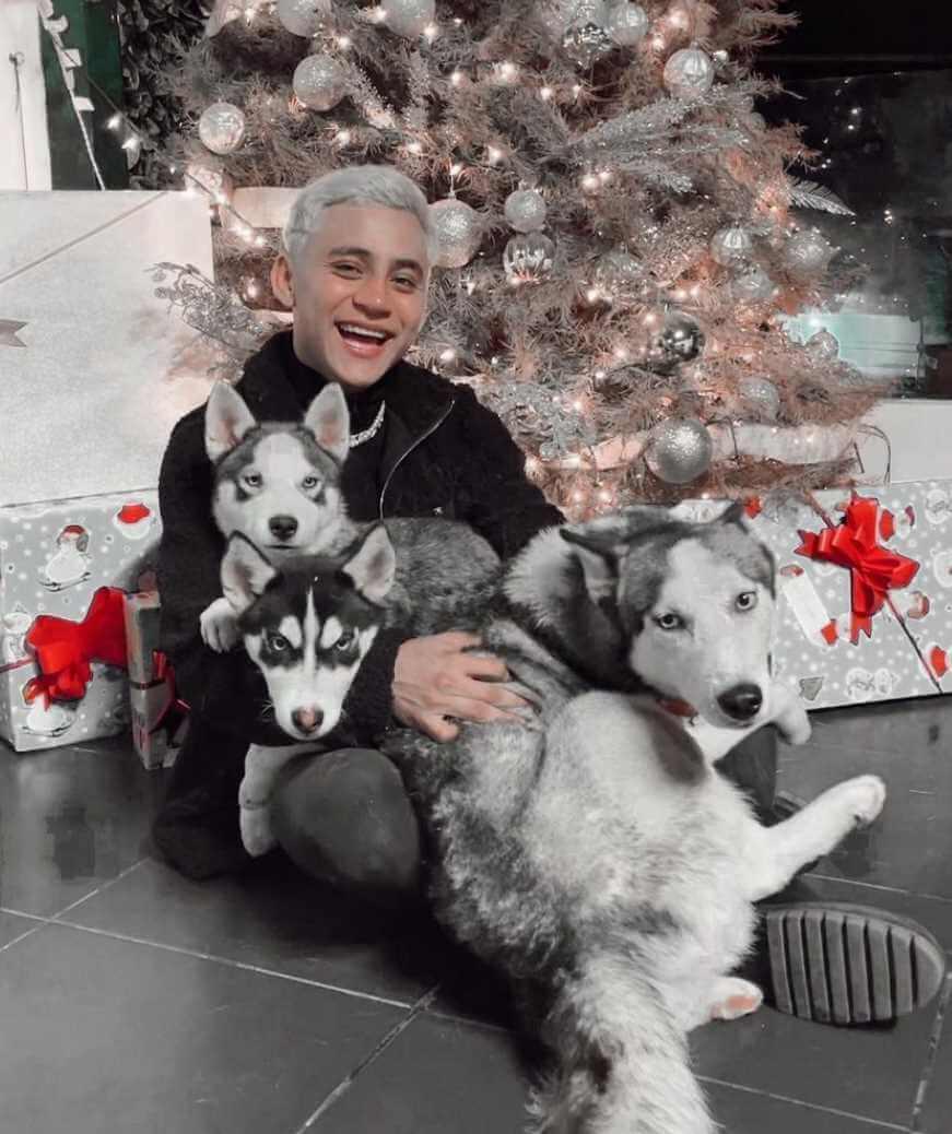 Rodrigo Contreras with his Dogs Images