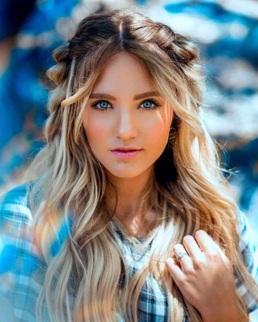 Savannah LaBrant Picture