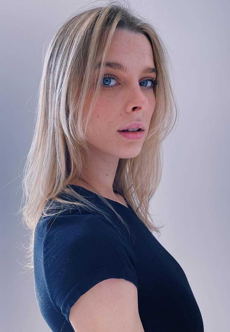Ashley Matheson new Pic